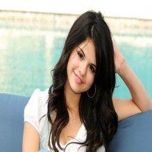 Selena Gomez está preocupando seus amigos