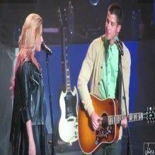 Demi Lovato canta com Nick Jonas